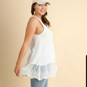 Umgee White Tank Top With Lace Hem - extender